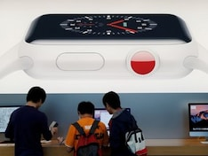 Apple Watch, Fitbit Could Feel Cost of US-China Tariffs