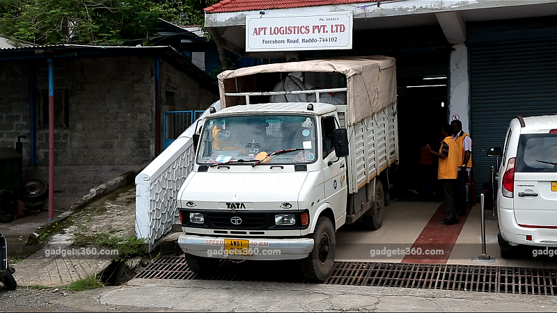 apt logistics gadgets 360 APT Logistics