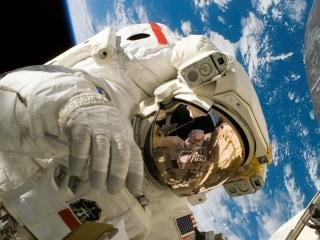 NASA on the Hunt for Space Poop Geniuses