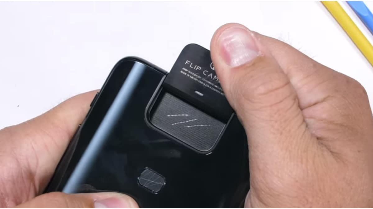 Asus 6Z aka Asus ZenFone 6 Passes Scratch, Bend, and Flip Camera Durability Tests