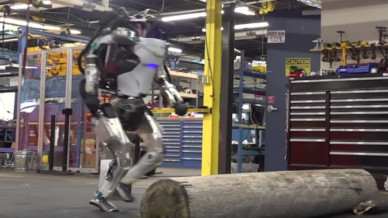 Boston Dynamics' Atlas Headless Humanoid Robot Has a New Trick: Parkour