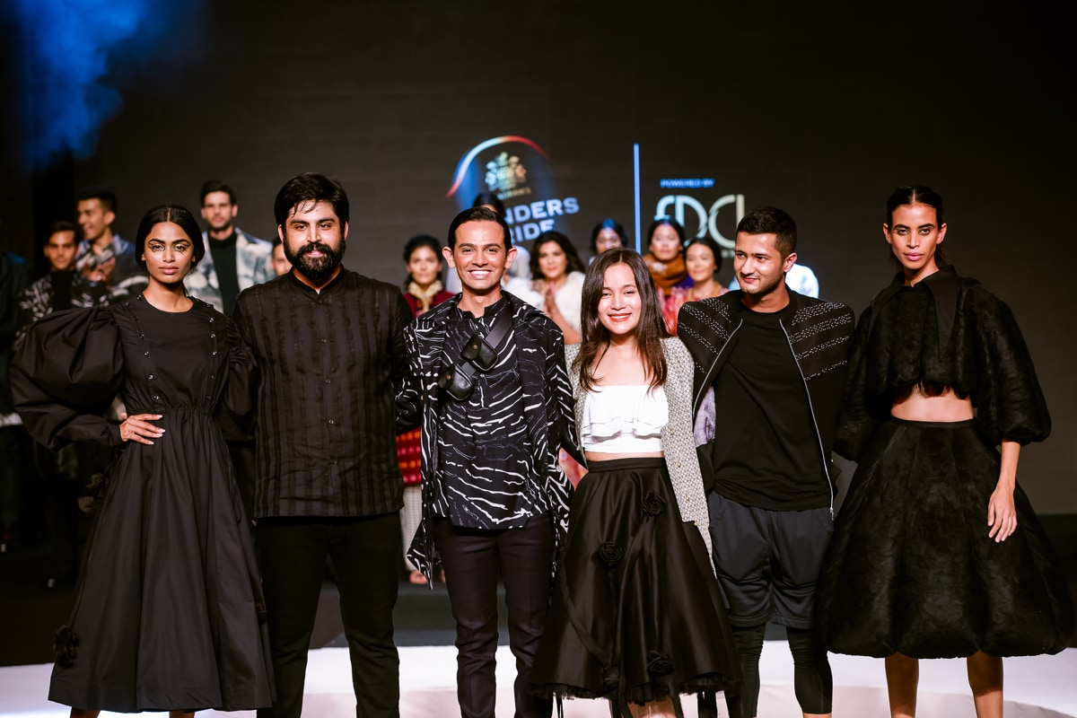 Blenders Pride Fashion Tour The Pride Of India A Grand Celebration Of Fashion Like Never Before Ndtv Gadgets 360