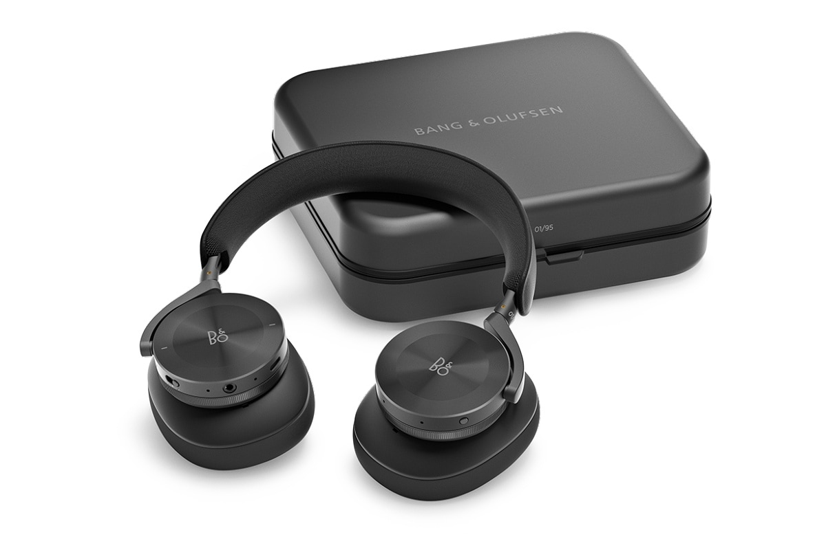 bang olufsen beoplay h95 box image Bang and Olufsen Beoplay H95