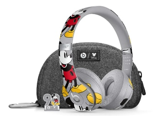 Apple Beats Solo3 Mickey Mouse 90th Anniversary Edition Wireless Headphones Launched