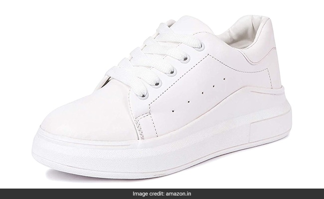 best white sneakers for women india (2) 1555318870924