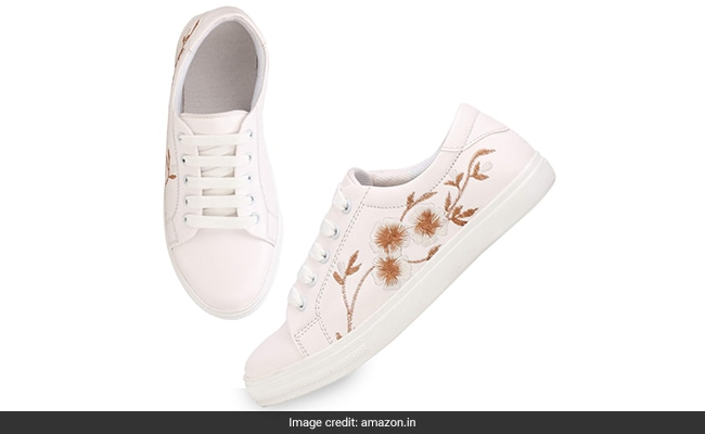 best white sneakers for women india (5) 1555318787225