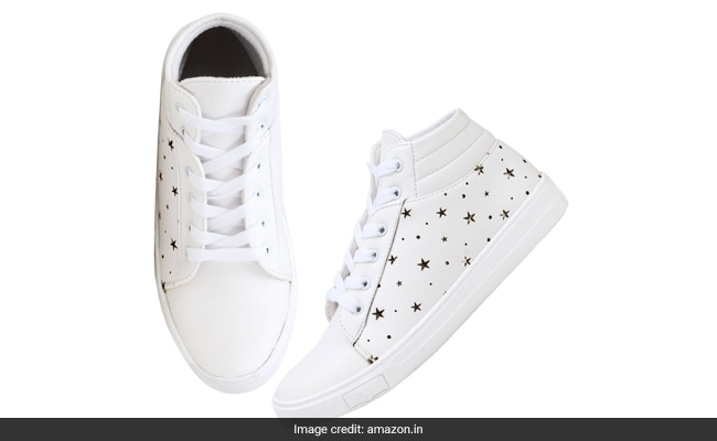 best white sneakers for women india (7) 1555318734437