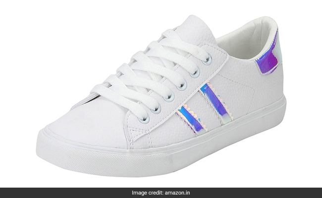 best white sneakers for women india 1555318891595