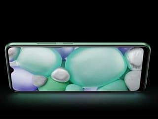 Poco C3, Realme C11, Redmi 8A Dual: 8,000 रुपये से कम में मिलने वाले स्मार्टफोन (नवंबर 2020)