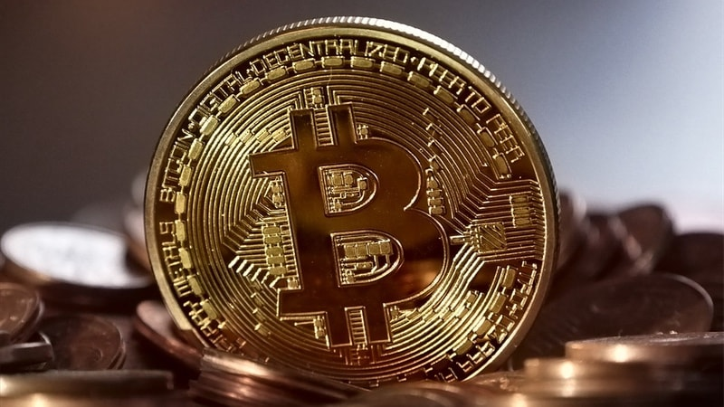 Central Bankers Can't Agree on Cryptocurrencies