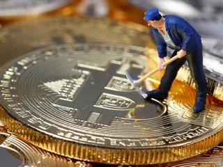 Bitcoin Surges Above $11,000 Thanks to Facebook's Currency Plans