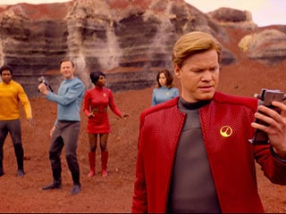 Black Mirror Season 4 Episode 1 'USS Callister' Shows How Technology Enables Creeps