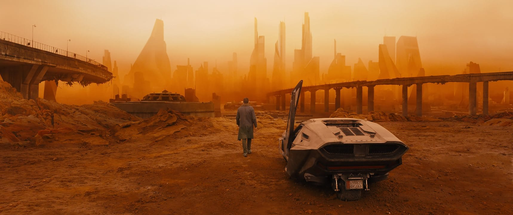 Oscars 2018: Roger Deakins Finally Nabs Best Cinematography, for Blade Runner 2049