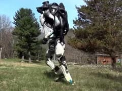 Another Video Of Jogging Humanoid Robot That Scares The Internet