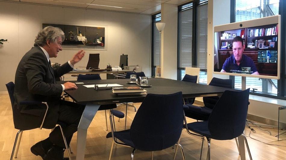 TikTok CEO Mayer Pledges Fake News Fight in Call With EU's Breton