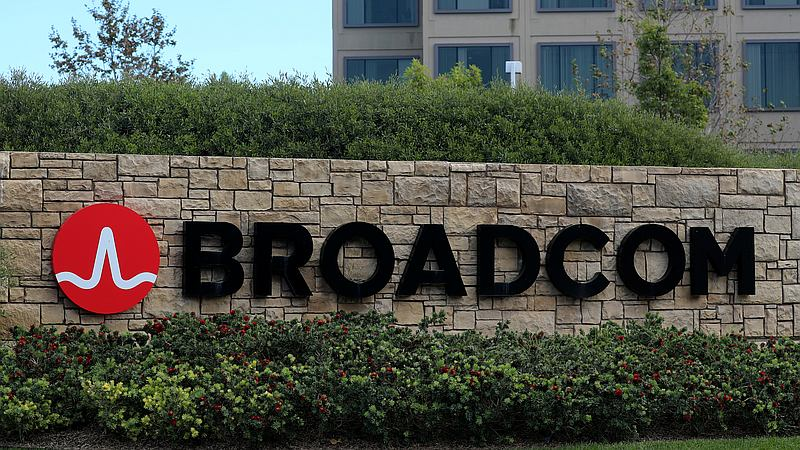 Broadcom Said to Be Considering Sweetened Qualcomm Bid