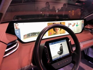 Vehicle Screens Go Super-Sized at CES 2019 as Tech Catches Up