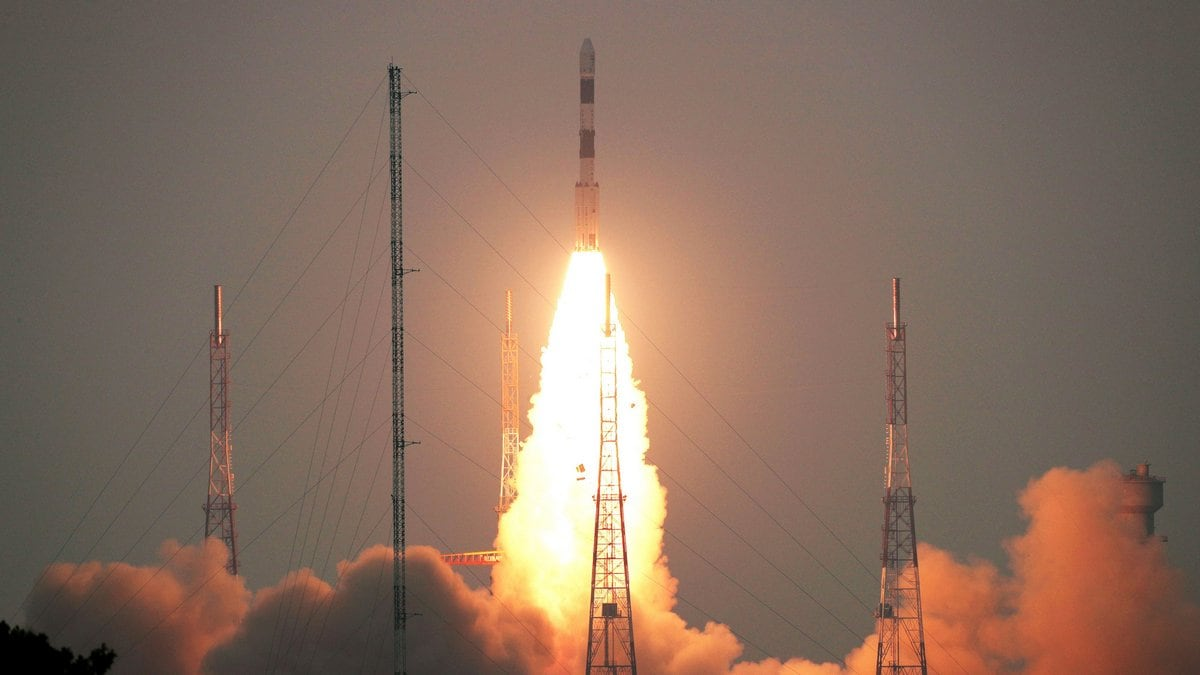 ISRO Successfully Inserts Cartosat-3, 13 US Nano Satellites Into Orbit