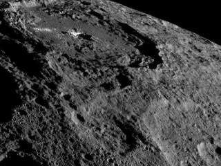 Ceres Dwarf Planet Is an 'Ocean World' With Salty Water Underground, NASA Data Suggest