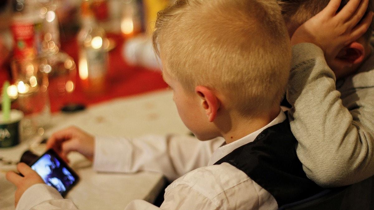 Children Prey to Online Ads of Harmful Products, Regulation Needed - UN Study