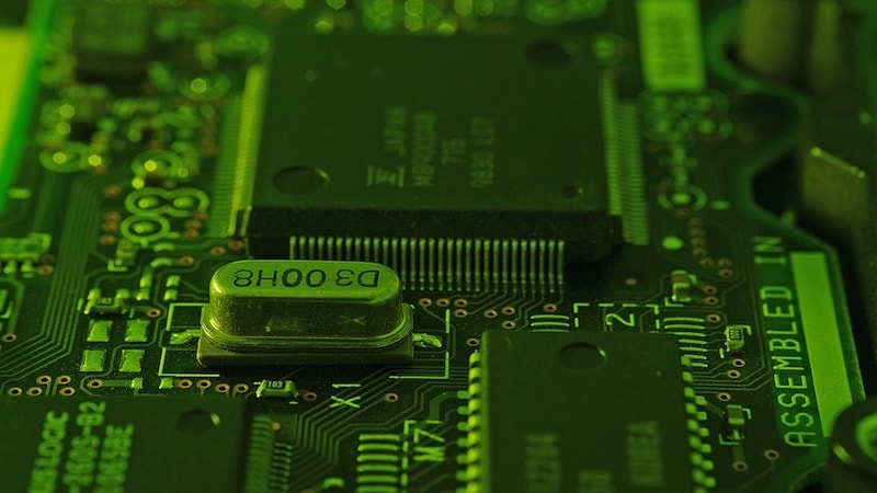 China's Largest Chip Company to Build $30 Billion Semiconductor Factory
