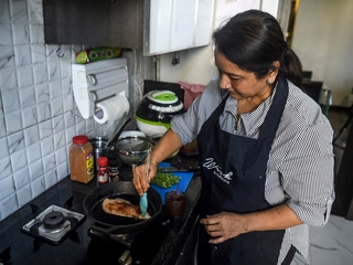 Cloud Cooking India: Housewives Become Gig Economy Chefs