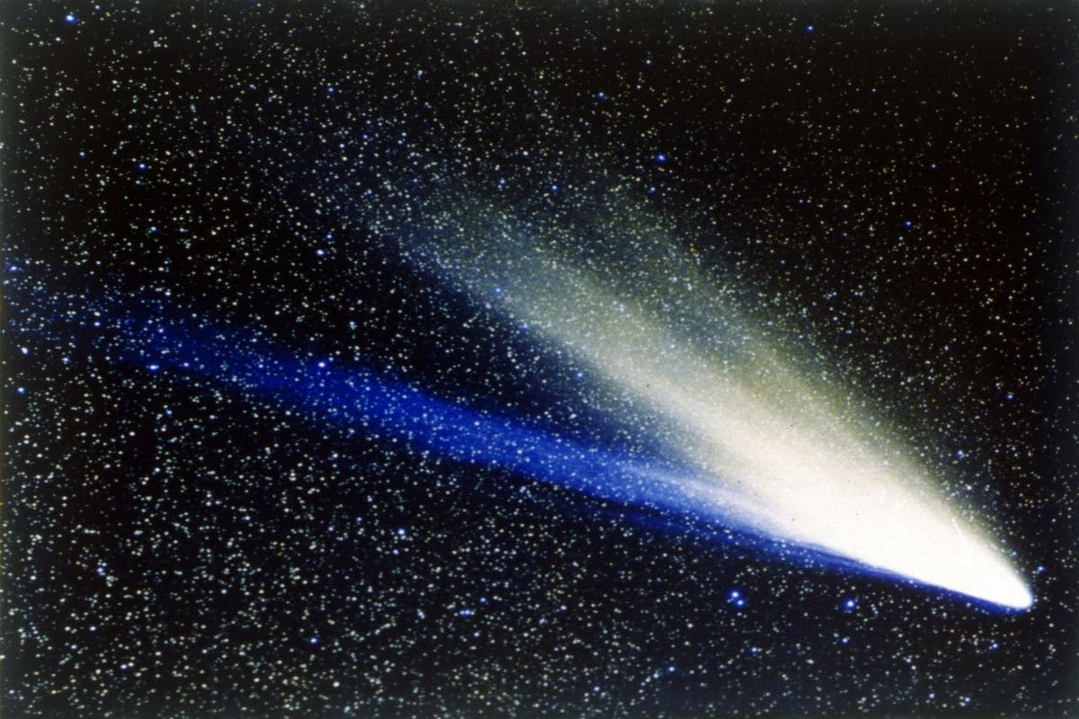 UK to Build Spacecraft to Chase, Map Comet From Distant Space