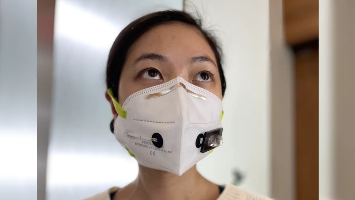 This Face Mask Tech Can Detect COVID-19 in Your Breath Within 90 Minutes