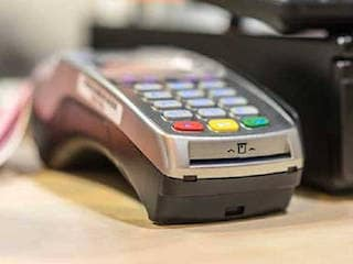 No Service Tax on Credit, Debit Card Transactions Up to Rs. 2,000