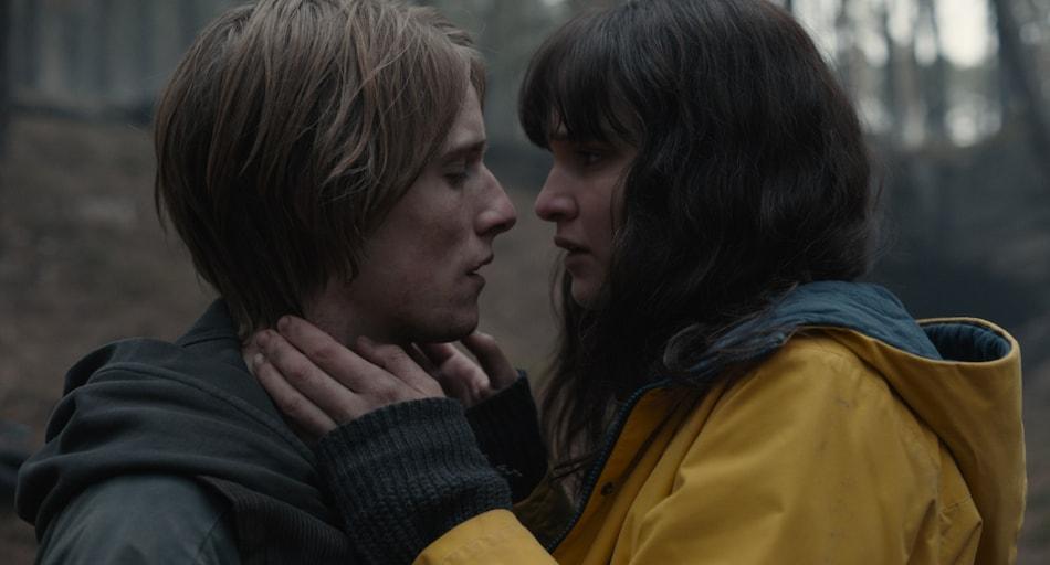 Dark Season 3 Review: A Polarising End