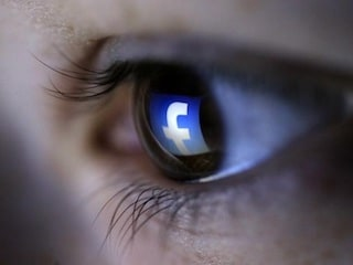 Facebook Said to Sign BuzzFeed, Vox, Others for Original Video Shows