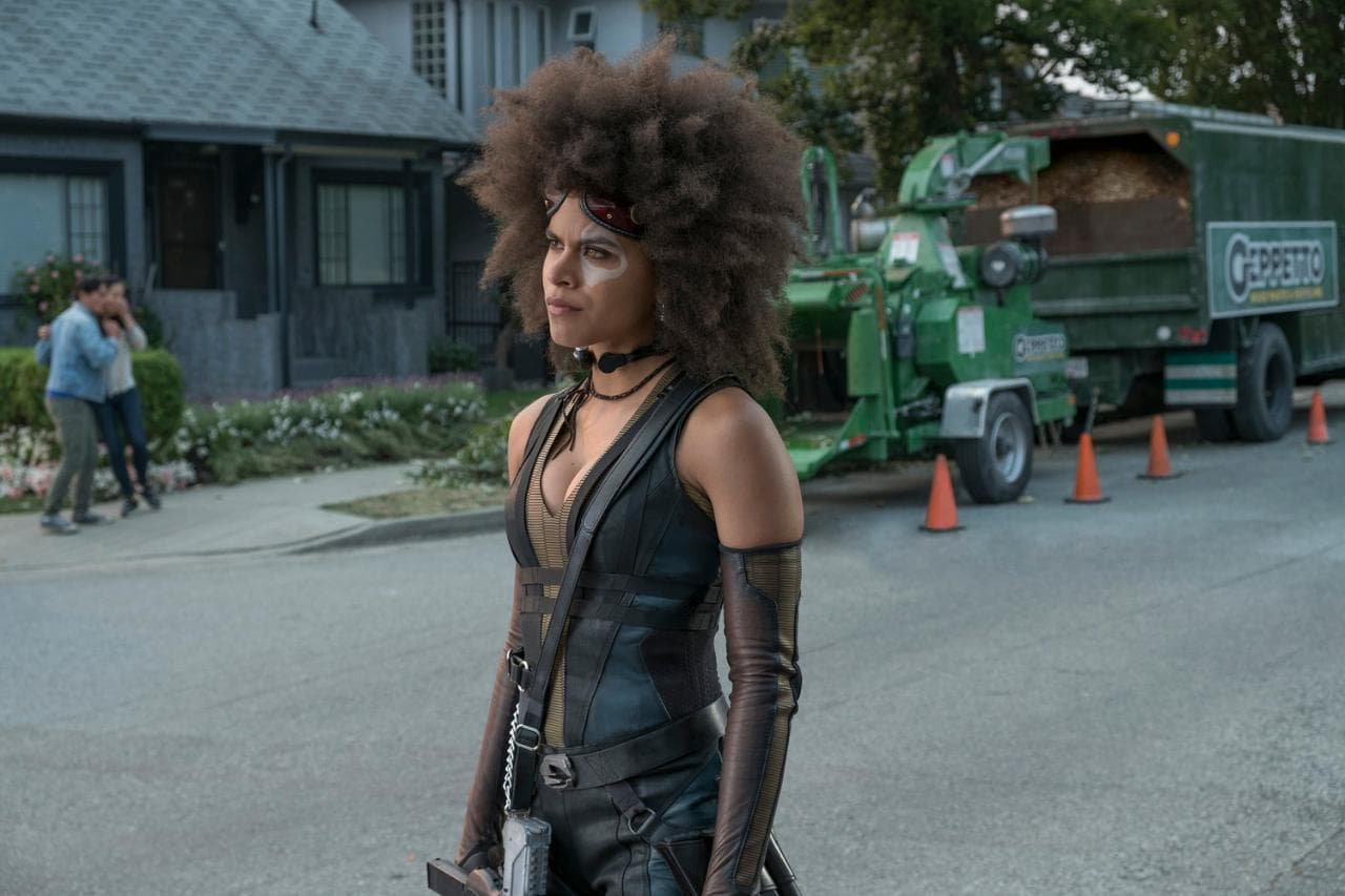 deadpool 2 domino Deadpool 2