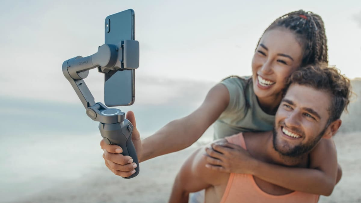 DJI Osmo Mobile 3 Handheld Foldable Smartphone Camera Stabiliser Launched