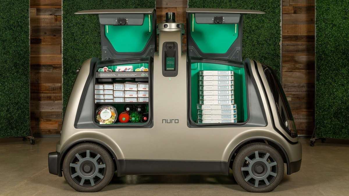 Domino's Will Start Delivering Pizzas via an Autonomous Robot This Fall