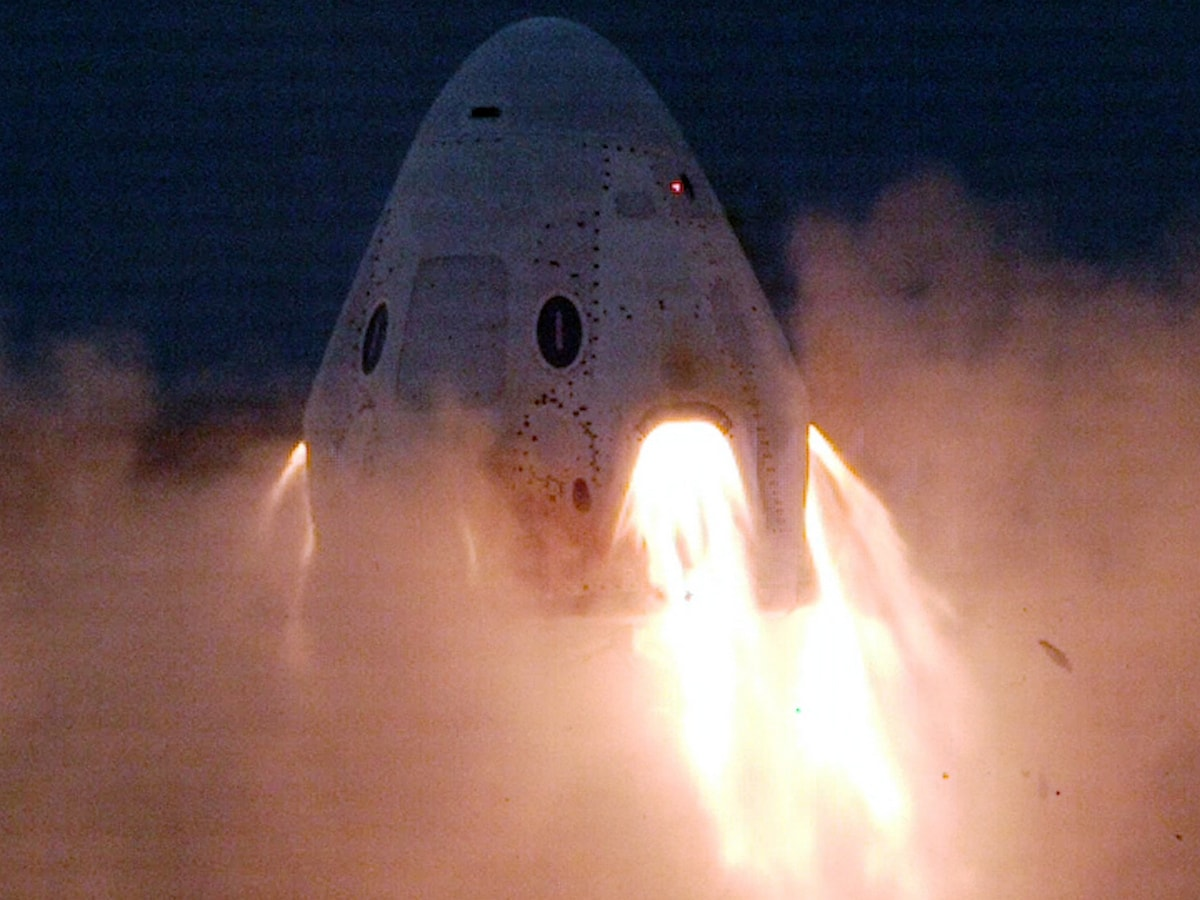 SpaceX Completes Crew Dragon Emergency Escape Engine Test