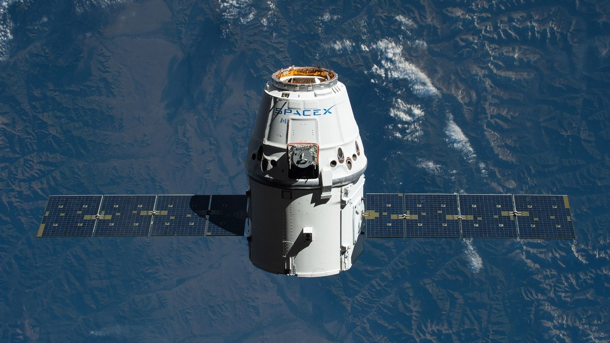 SpaceX Crew Capsule Failure Could Delay Its First Manned Flight