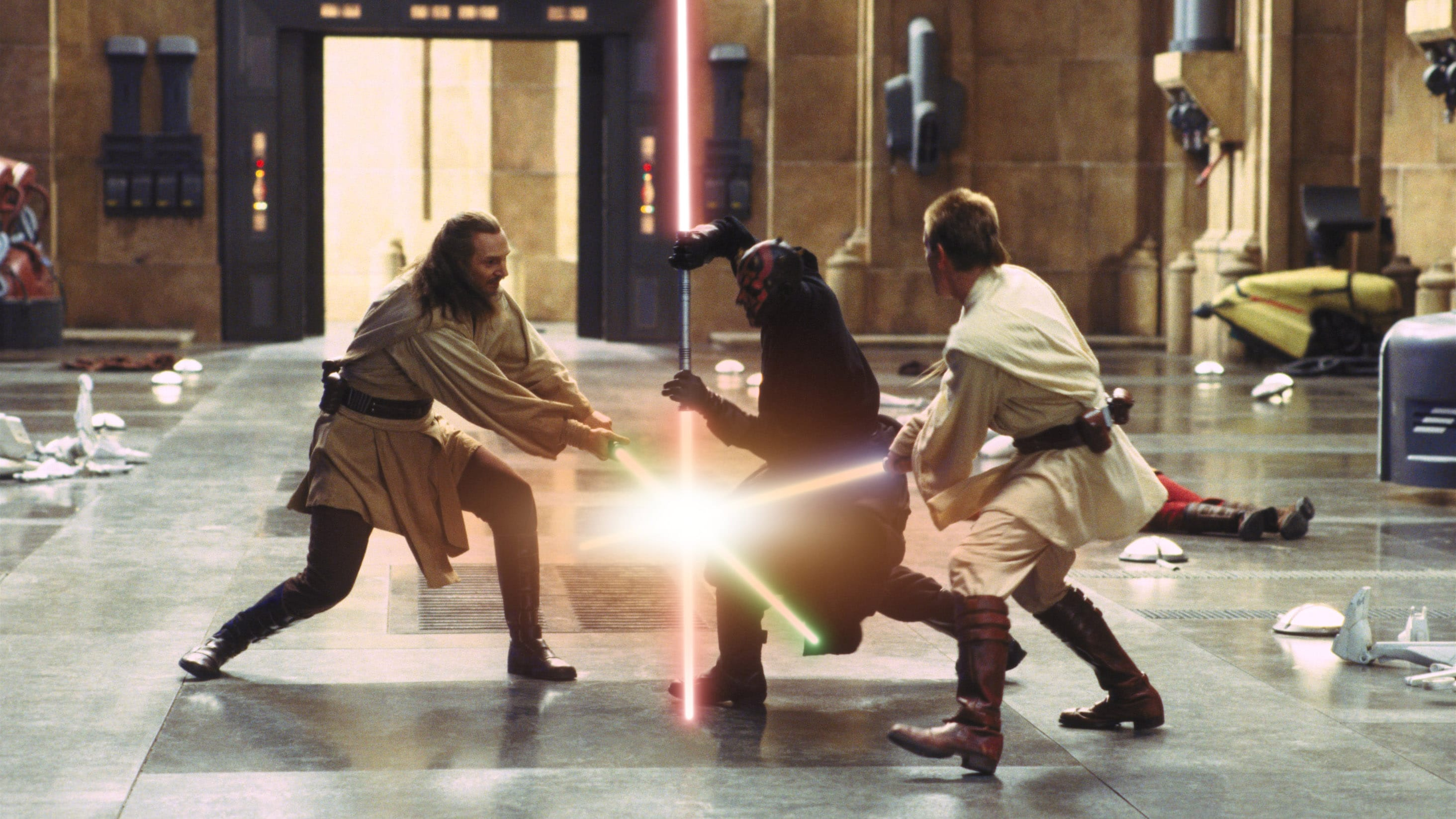 How Star Wars: The Phantom Menace's Epic Lightsaber Duel Is Central to Prequel Trilogy's Themes