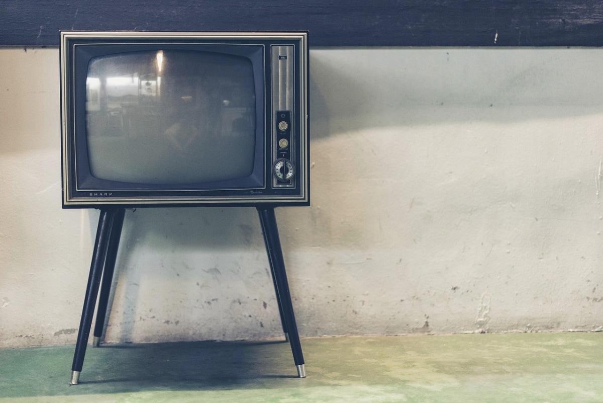 dumb tv smart old tv television