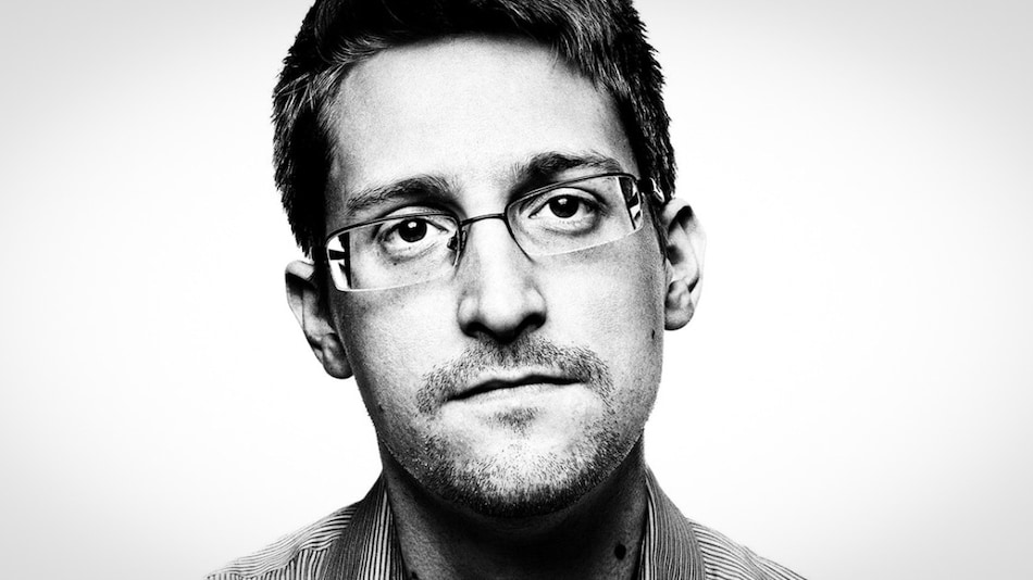 Edward Snowden Says CBDC a 'Cryptofascist Currency' Designed to Put Governments at Centre of Every Transaction