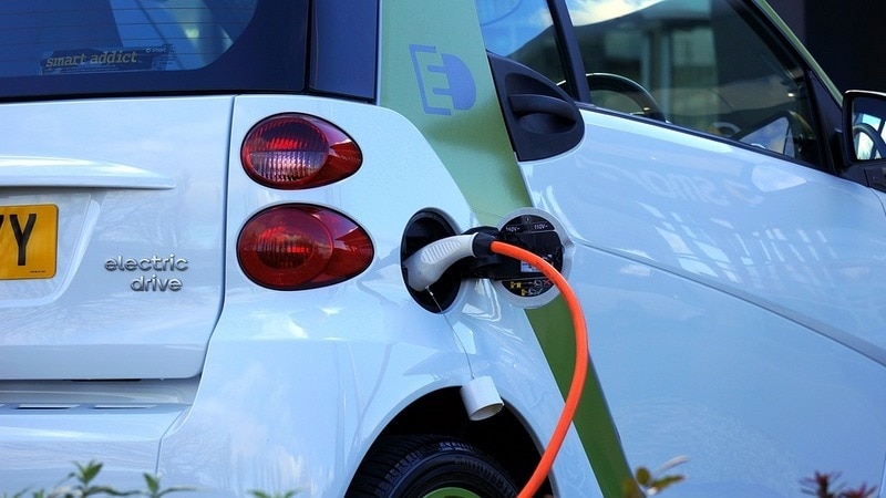 Electric Cars Have Benefits, but Likely Won't Save You Money
