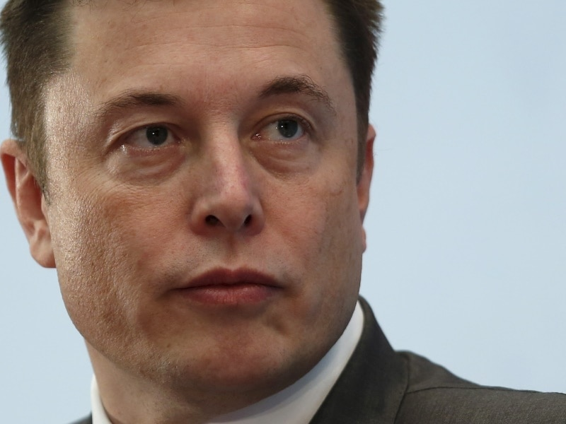 Tesla CEO Elon Musk in Public Feud With Auto Workers Union