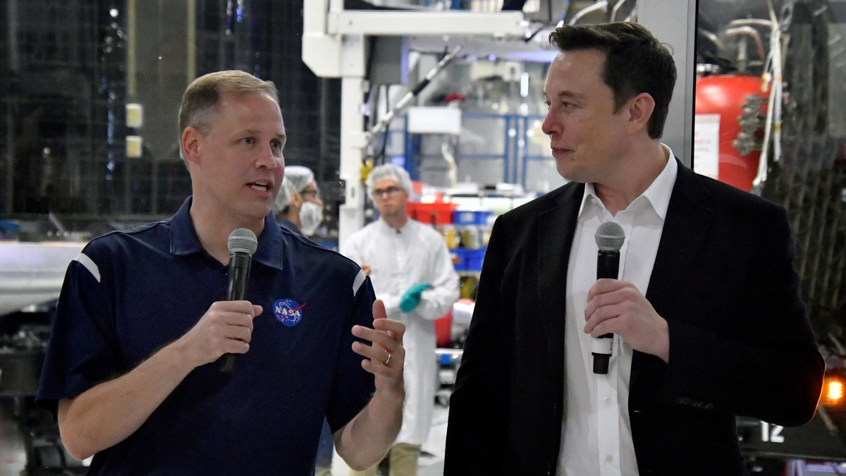 NASA Administrator Jim Bridenstine Explains Twitter Spat With SpaceX