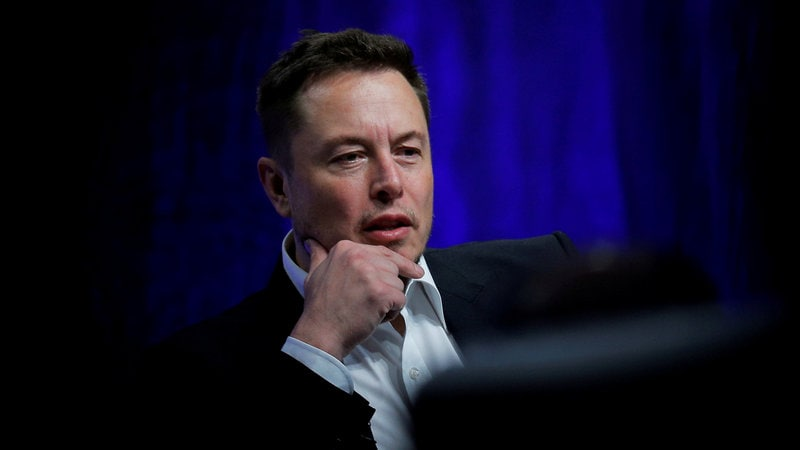 U.S. prosecutors open criminal probe over Elon Musk tweet