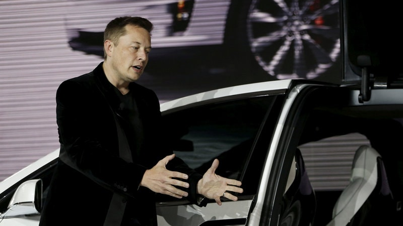 Elon Musk announces bid to produce Tesla-branded Tequila