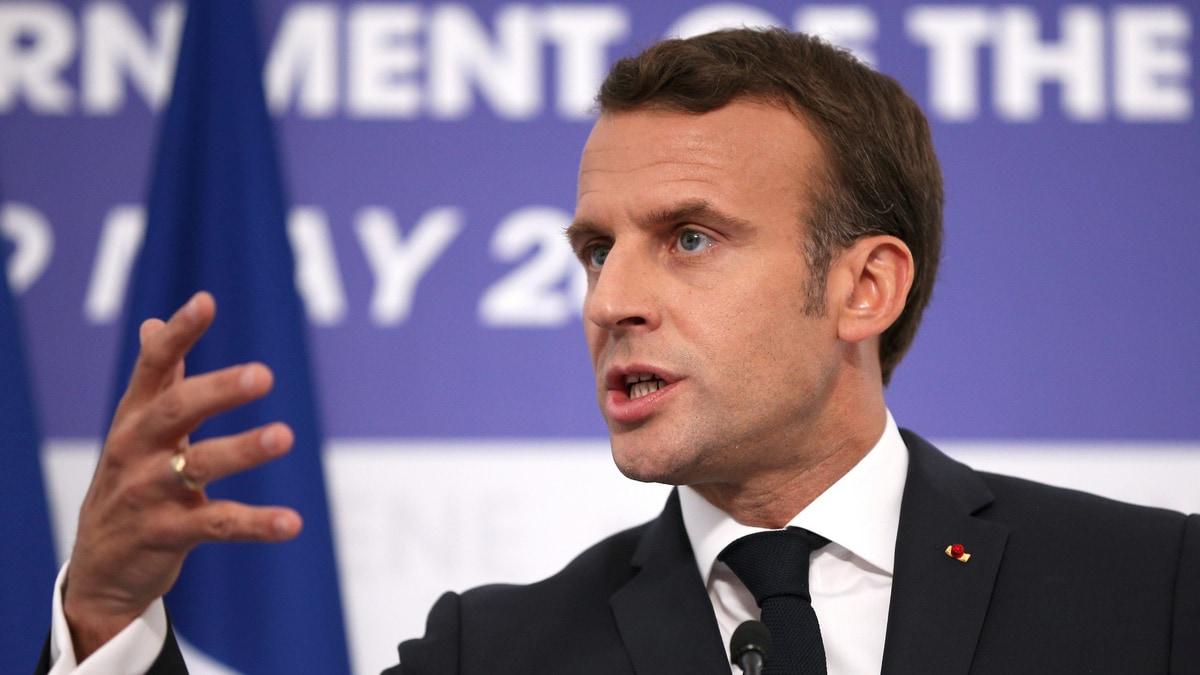 Facebook Chief to Meet Macron as Regulatory Pressure Mounts
