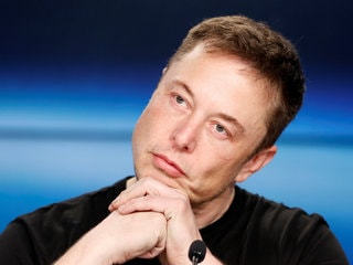 Elon Musk Cuts Off 'Boring, Bonehead' Questions by Analysts, Tesla Shares Pay the Price