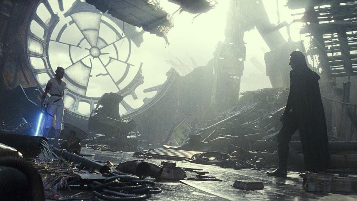 Star Wars: The Rise of Skywalker — J.J. Abrams Credits Rian Johnson, Daisy Ridley Talks 'Darth Rey'