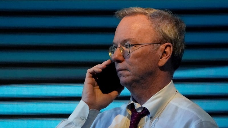 Google Parent Alphabet Hit by Higher Costs, Names Eric Schmidt's Replacement