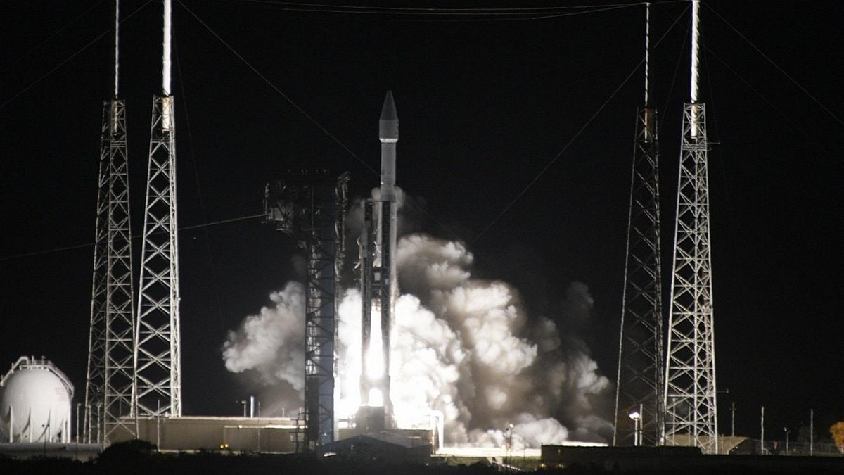 Solar Orbiter Blasts Off on Historic Mission to Capture First Look at Sun's Poles
