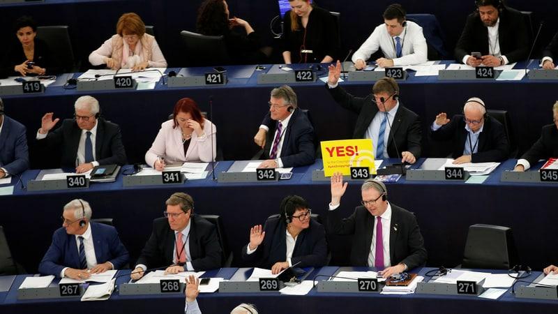 Google, Facebook, Activists Suffer Copyright Defeat After EU Vote